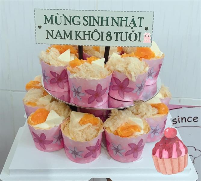 Bánh sinh nhật 20 cupcake 2 tầng