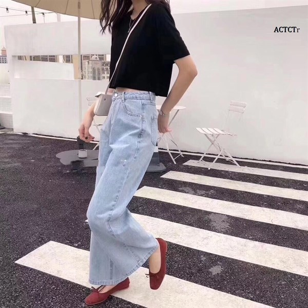 Áo Crop Trơn Cổ Tròn Tag Korea