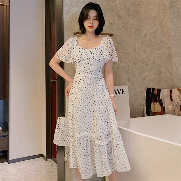 DL022 - Váy đầm maxi màu trắng chấm bi đen cổ vuông cách điệu