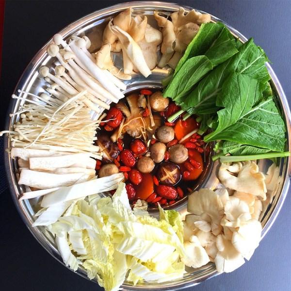 Lẩu nấm vị tiềm - Thai hot pot (S)