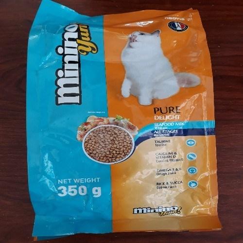 CS thức ăn cho mèo...