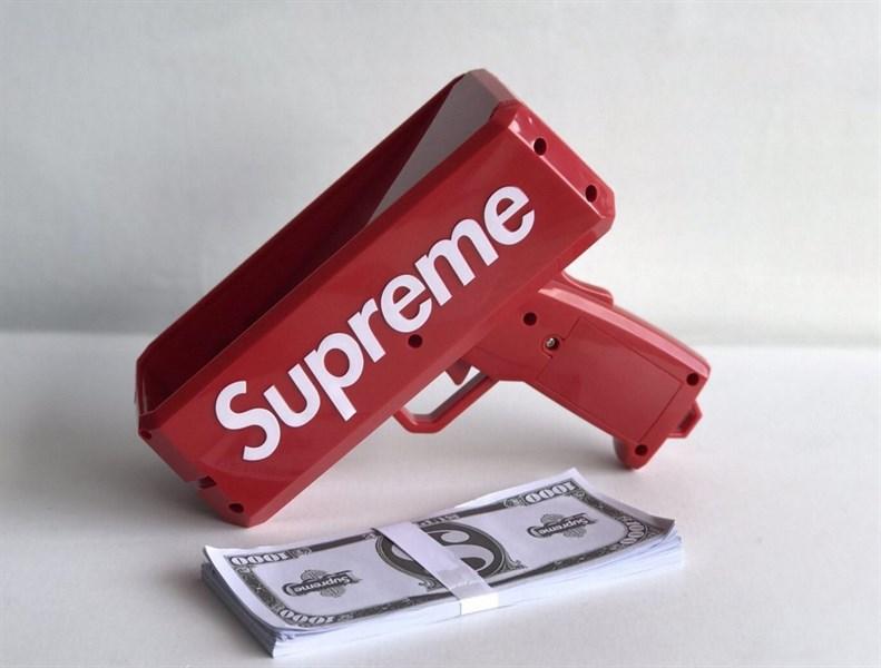 Súng bắn ra tiền Superme