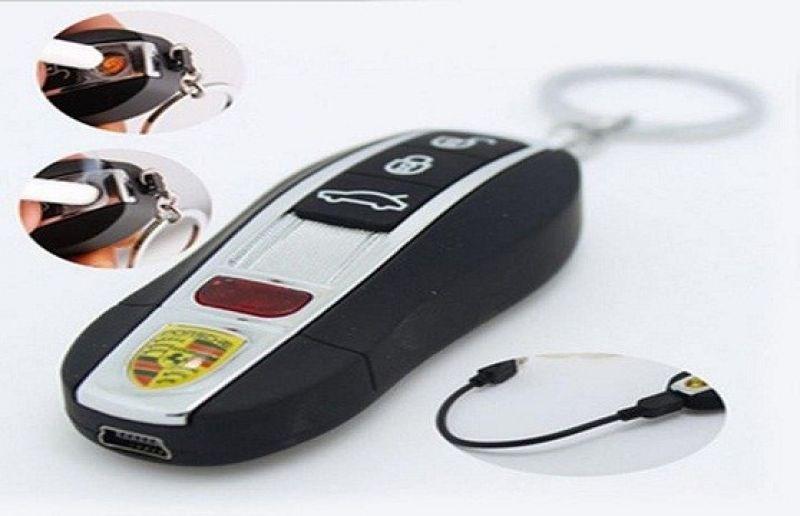 Hộp quẹt móc khóa xe hơi
