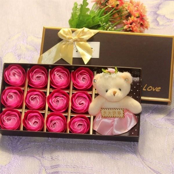 Hoa Hồng Sáp 12 Bông Kèm Gấu thơm