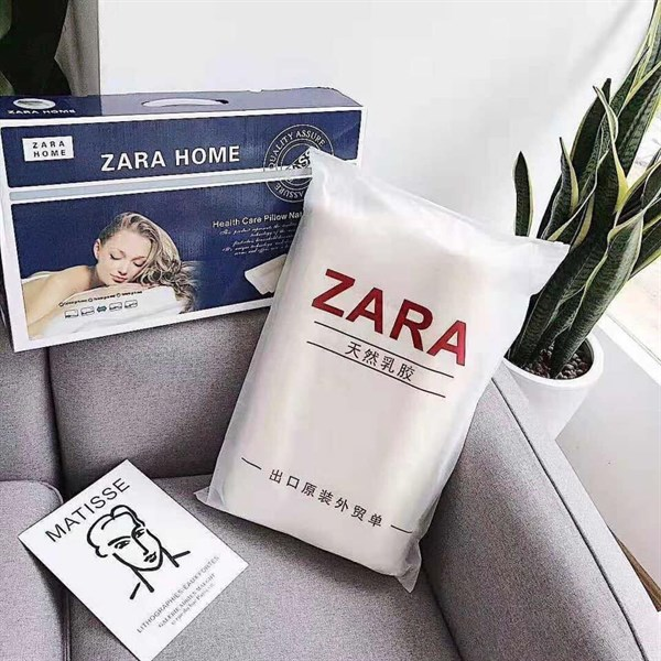 Gối cao su Zara xịn, có túi xách