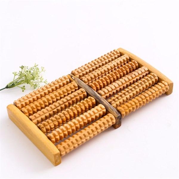 Dụng cụ massage chân bằng gỗ