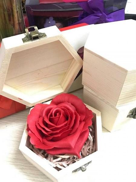 Hoa hồng hộp gỗ