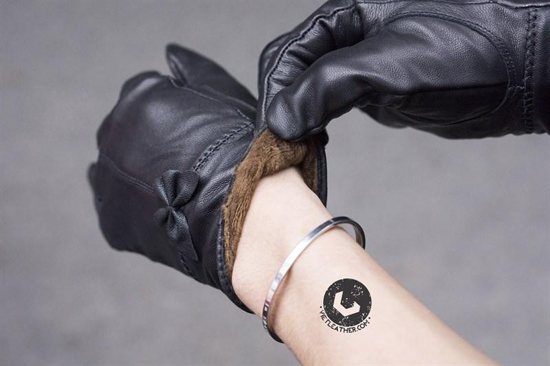 Găng tay nữ có cảm ứng