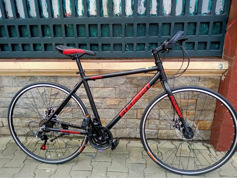 Xe Touring FUJISAN 700C -Khung Nhôm - Màu Đen Đỏ, SP000288 (Chiếc)