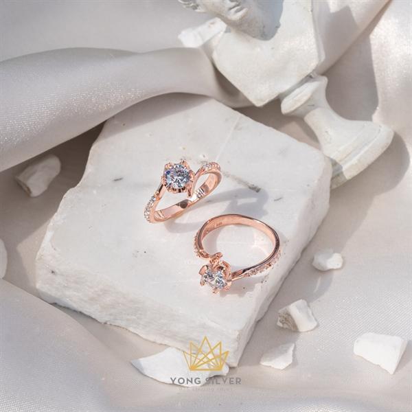 Procyon Star Diamond Rosegold Ring
