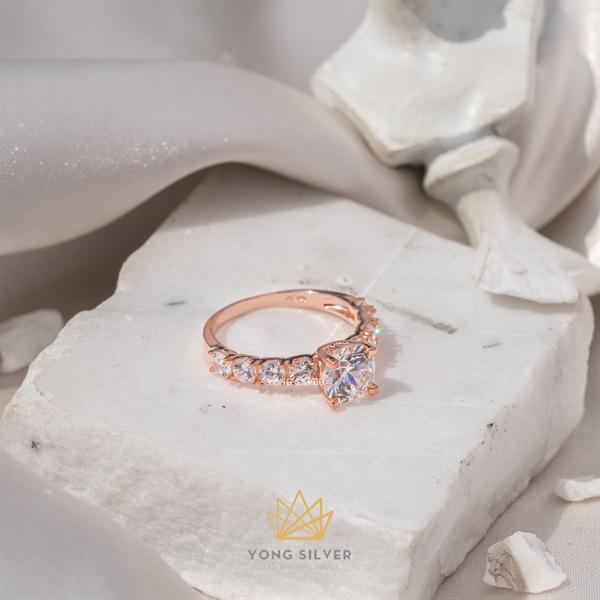 Canopus Star Diamond Rosegold Ring