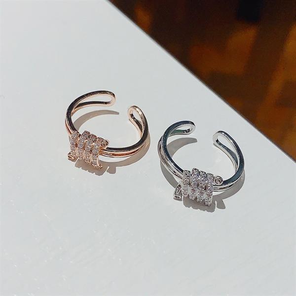 Sparkling Design Open Silver Ring ( Freesize )