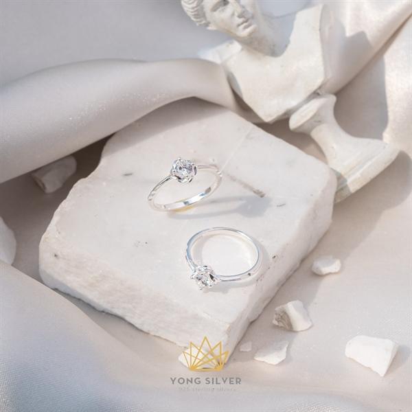 Rose Diamond Silver Ring