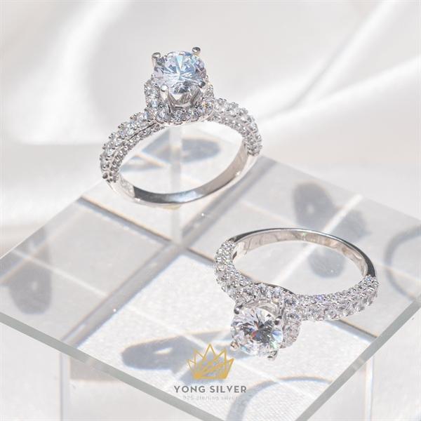 Sirius Star Diamond Ring