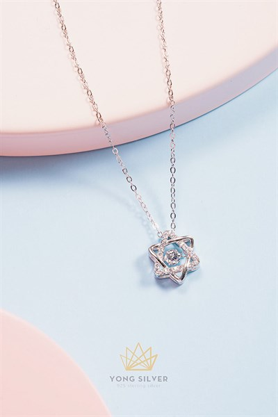 Shining Twinkle Star Necklace