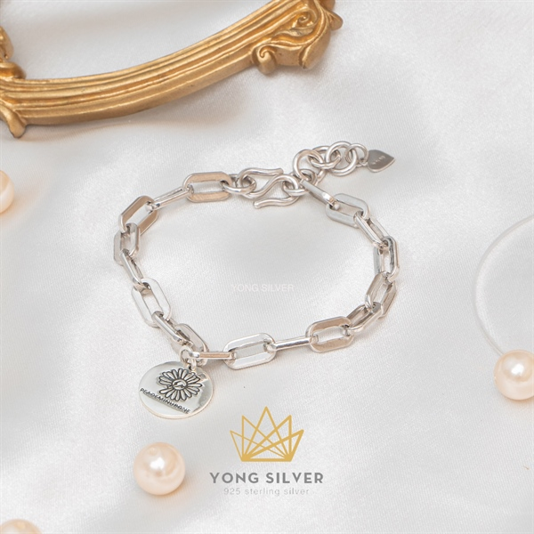 Daisy PEAOEMINUBONE Silver Bracelet ( Freesize )