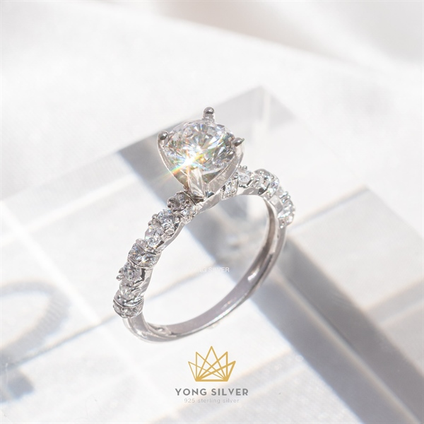 Agena Star Diamond Ring